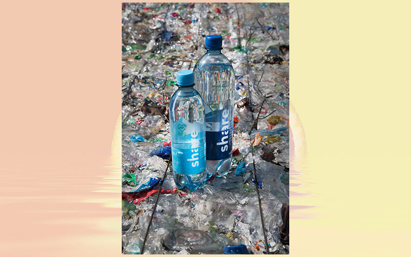 100 % recyclate: KHS and strtup share develop unique PET bottle