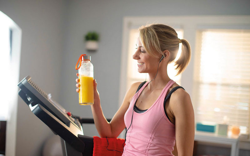 New study reveals that 100 % orange juice is just as good as sports drinks and water for recovery after exercise